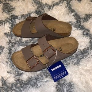 NWT BIRKENSTOCK ARIZONA SHOE 39
